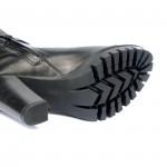 Дамски ботуши от естествена кожа с ток черни - 305