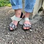 Дамски сандали от естествена кожа черни  с равно ходило и змийски принт-1291