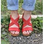 Дамски сандали от естествена кожа на равно ходило в червено-1247