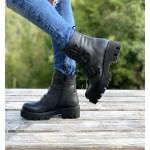 Топли дамски боти от естествена кожа с ефектни катарами и активен цип в черно-1366
