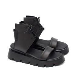 Дамски сандали с модерен дизайн от естествена кожа в черен цвят с връзки и ластик-1720