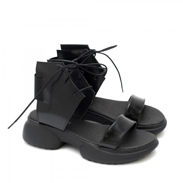 Дамски сандали от черна естествена кожа флорентик с тънки връзки и ластик на спортно ходило-1725