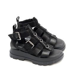 Дамски сандали от естествена кожа с каишки в черен цвят на модерно ходило-1730