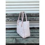 Дамска ежедневна чанта в светлорозов цвят и пепел от рози от еко кожа- 1734