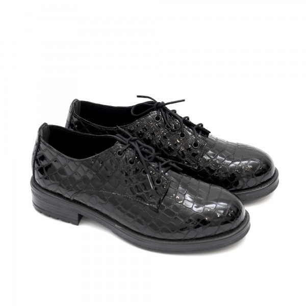 Дамски обувки от естествен лак с кроко елементи и връзки-1380