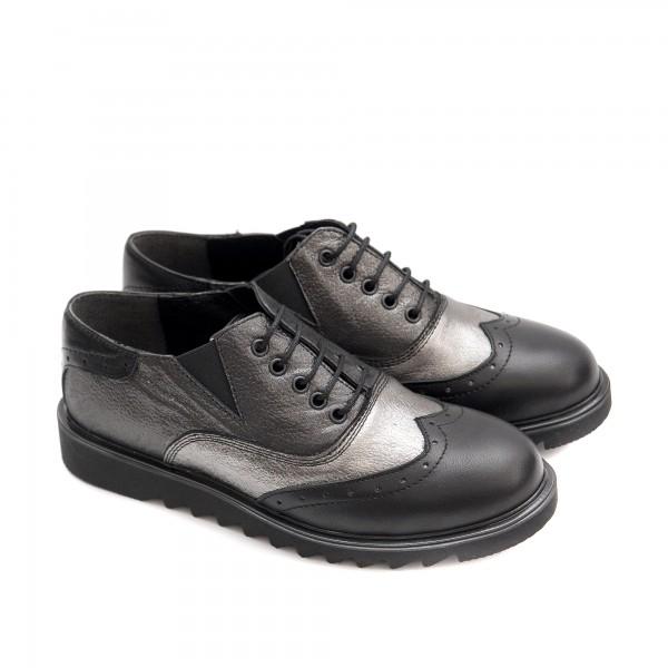 Дамски обувки от естествена кожа в комбинация черно и платина с връзки-1410