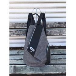 Дамска раница от еко кожа в сив цвят и  модерен дизайн-1317-2