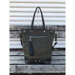 Дамска ежедневна чанта от еко кожа в маслен зелен цвят с черни елементи-1415