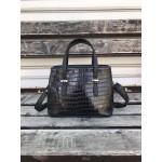 Малка дамска чанта от еко кожа в черно с кроко мотиви-1414