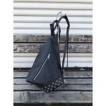 Модерна дамска раница от еко кожа в черен цвят и капси-1430