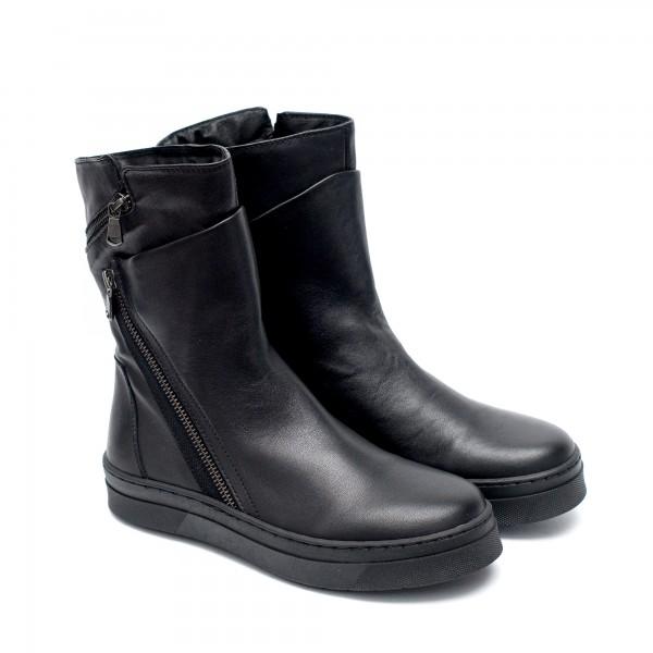 Зимни черни дамски боти от естествена кожа с ефектно закопчаване-1021