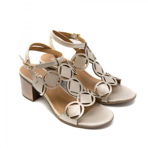 Дамски сандали от естествена кожа златни с ток-850