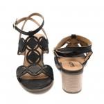 Черни промазани дамски сандали от естествена кожа с ток-852