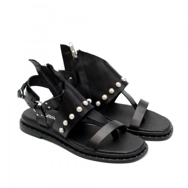 Черни дамски сандали от естествена кожа с перли-854
