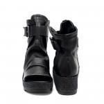 Черни сандали от естествена кожа с ефектна подметка- 859