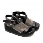 Дамски сандали от естествена кожа черни със сиво и ефектно закопчаване-869