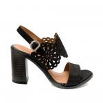 Дамски сандали от естествена кожа в черно на ток-815