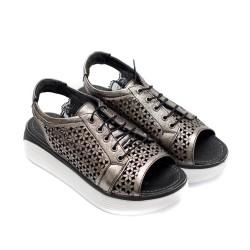 Дамски сандали от естествена кожа графитени с перфорация цветя и връзки-833