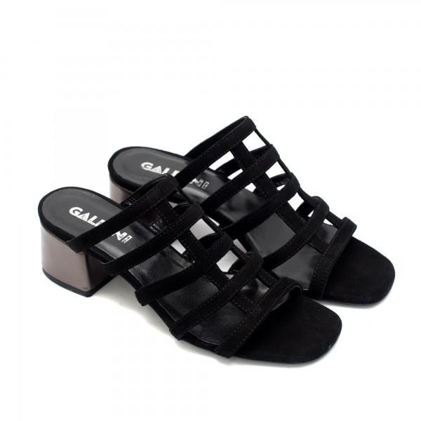 Черни дамски чехли на ток от естествен велур-830