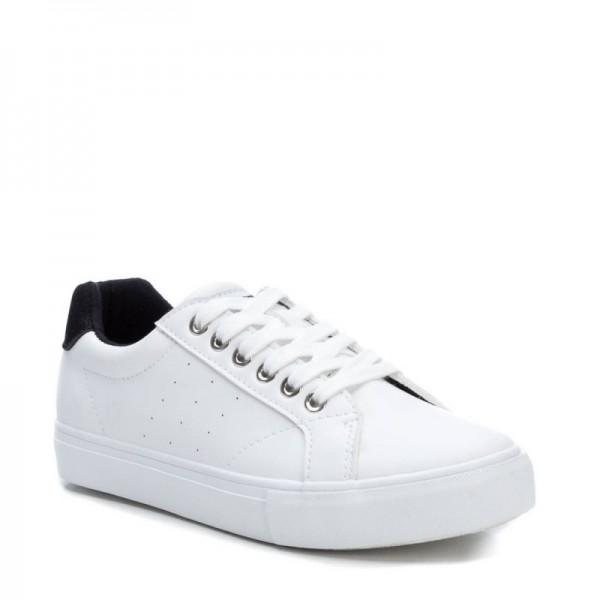 Дамски кецове Refresh от еко кожа в бяло с връзки и равно ходило-1195