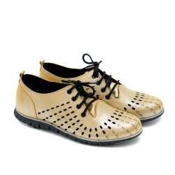 Дамски обувки с връзки и перфорация в жълто от естествена кожа-1181