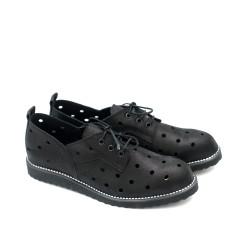 Ежедневни пролетни обувки с перфорация от естествена кожа в черно-53