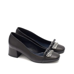 Дамски официални обувки от естествена кожа е черен цвят с нежна панделка-1598