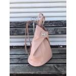 Розова дамска раница от еко кожа с асиметрично закопчаване и модерен дизайн-6-1116