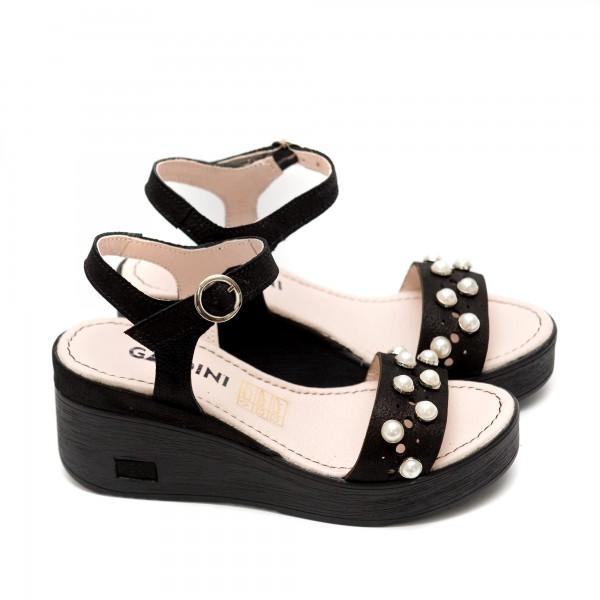 Дамски сандали на платформа от естествена кожа криспи с перли-496