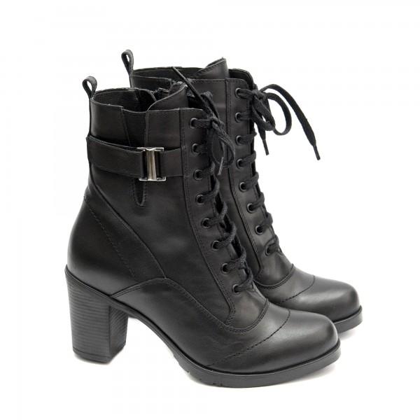 Стилен модел дамски боти в черен цвят с висок ток-1468