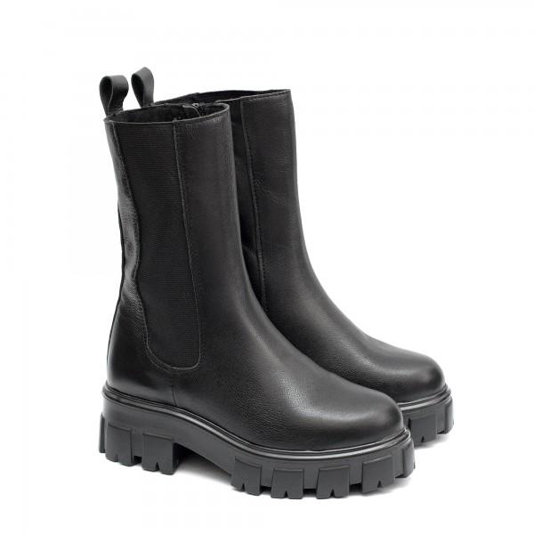 Дамски ботуши от естествена кожа с непромокаемо грайферно ходило в черен цвят с цип-1489