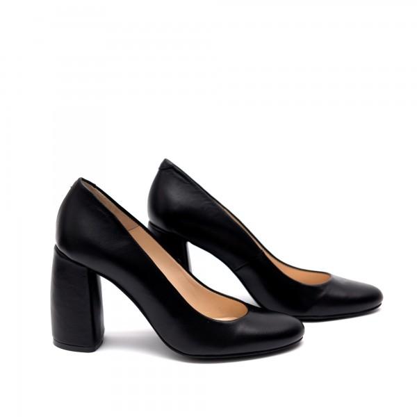 Елегантни класически черни обувки от естествена кожа на широк устойчив ток-75