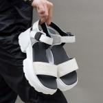 Спортно-елегантни бели дамски сандали от естествена кожа на удобно бяло ходило-1692