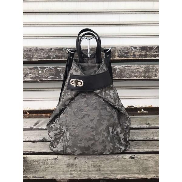 Дамска чанта от еко кожа в сив цвят с камуфлажен ефект и черни дръжки-1116
