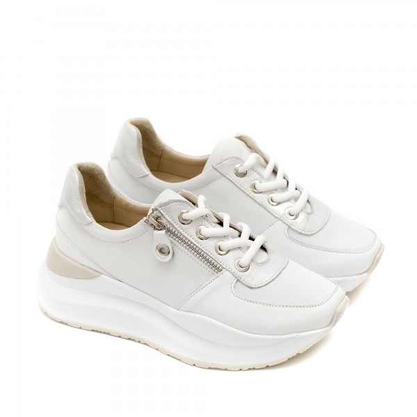Пролетни дамски обувки от естествена кожа в бял цвят с връзки и декоративен цип-1536