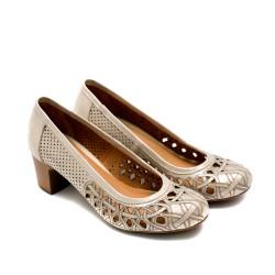 Дамски летни обувки на ток от естествена кожа златисти с лазерна перфорация-737