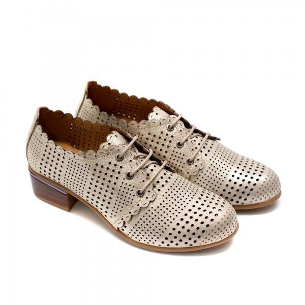 Летни дамски обувки на ток от естествена кожа златисти с лазерна перфорация и връзки-736
