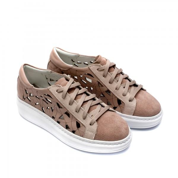 Летни дамски спортнo- елегантни обувки с връзки от естествена кожа и велур в цвят пудра-741
