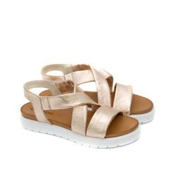 Стилни дамски сандали от естествена кожа в пудра с бяло равно ходило-1270