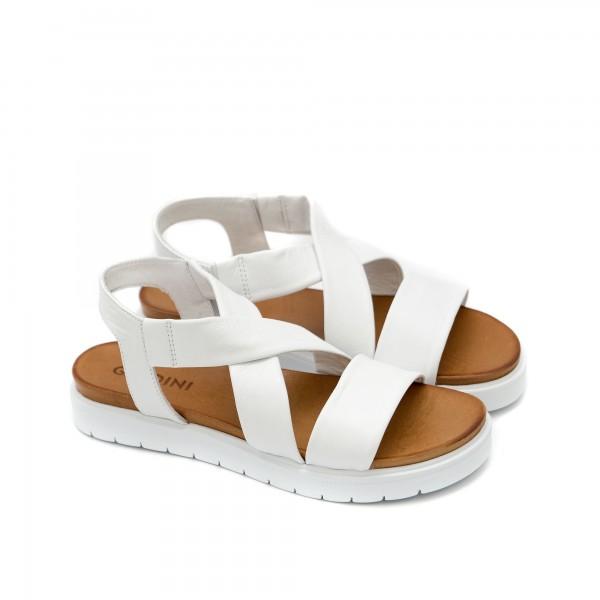 Дамски сандали от естествена кожа в бял цвят с равно ходило-1273