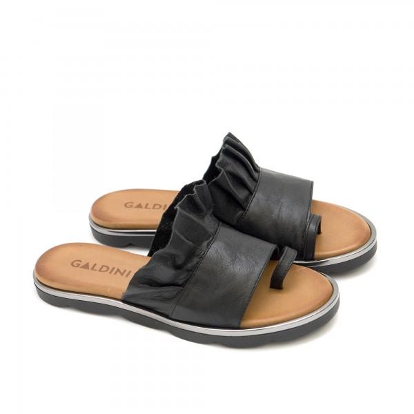 Дамски чехли от естествена кожа с модерен дизайн в черно-1268