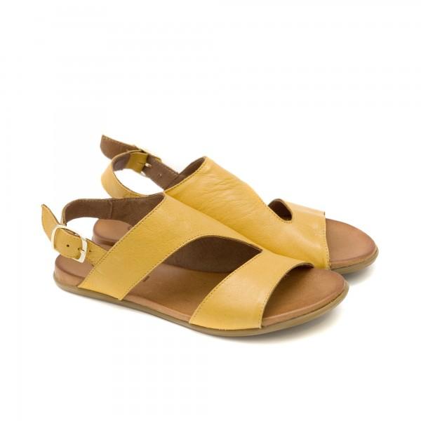 Дамски сандали от естествена кожа с асиметрично лазарно изрязване в цвят горчица-1260