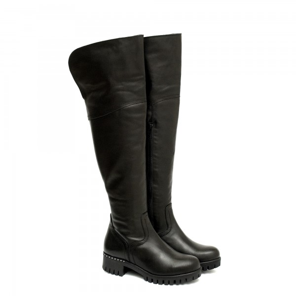 Черни дамски чизми от естествена кожа с грайферно ходило и цип-1105