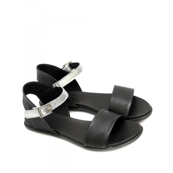 Дамски равни сандали от естествена кожа в комбинация черно със сребро-1250