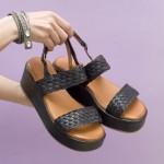 Ежедневни дамски сандали от естествена кожа в черен цвят решени с очарователни каишки-1642