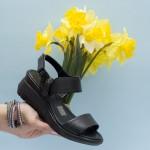Ежедневни дамски сандали от естествена кожа с изчистени линии и удобно ходило-1644
