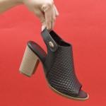 Дамски сандали от естествена кожа решени в черен цвят и удобен широк ток-1630