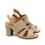 Бежови дамски сандали от естествен велур и модерно изрязване с удобен ток-1634