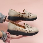 Дамски пролетни обувки от естествена кожа в бежов цвят с ефектно лазарно изрязване-1562