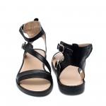 Дамски черни равни сандали от естествена кожа с римско кръстосано закопчаване-874